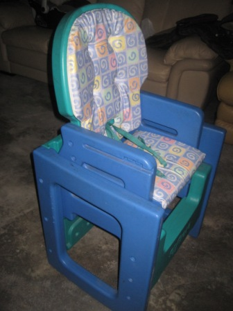 Evenflo 2 in 1 Study Table  High Chair  My Baby Shop