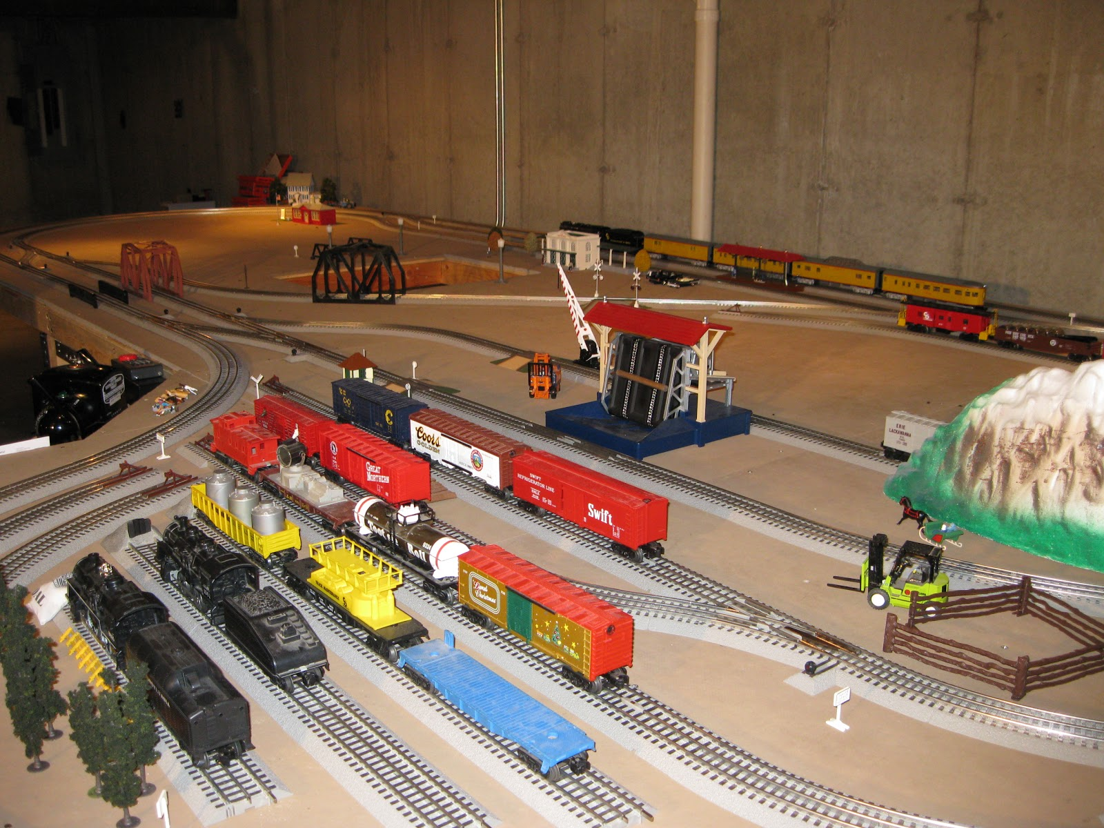 Merritt Wright Railroad 2010 Block Wiring Lionel Fastrack The Control Center Modern Zw With 2 180w Powerhouses 14 Switch Controllers 8 Uncoupler Activators 1 Operating Track Controller