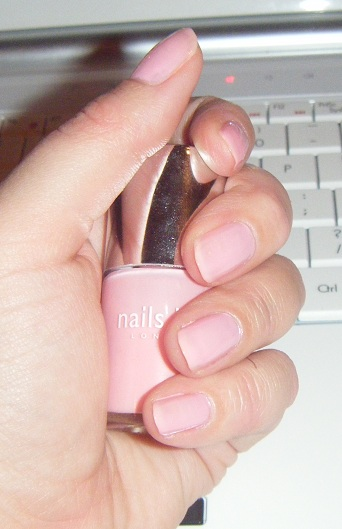 Warwick Avenue by Nails Inc nail polish swatches and review image