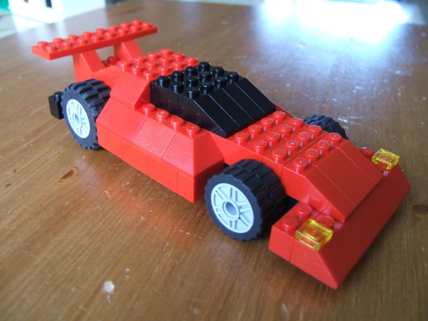 Lego Maker: Red Lego Sports Car