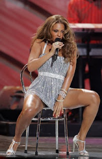 Can Beyonce sexy legs and thighs think