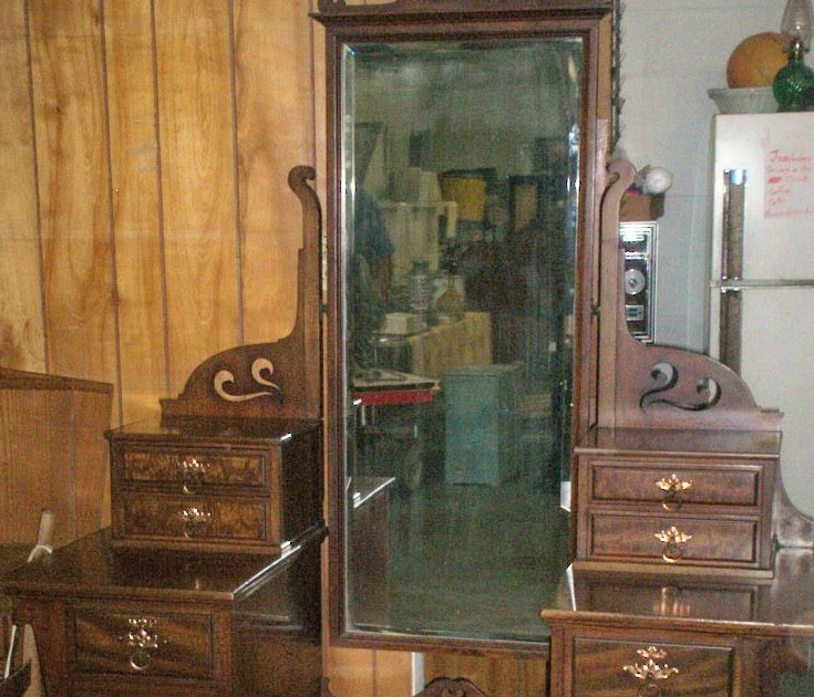 Real Antiques Nice Mohogany Dresser Full Length Mirror 350