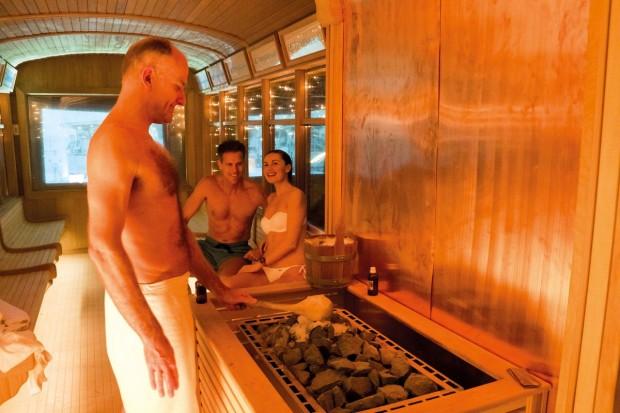 Worlds First Tram Sauna  Infrared Steam Spa Bath Massage