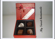 4 pcs chocolate with hard cover box n ribbon