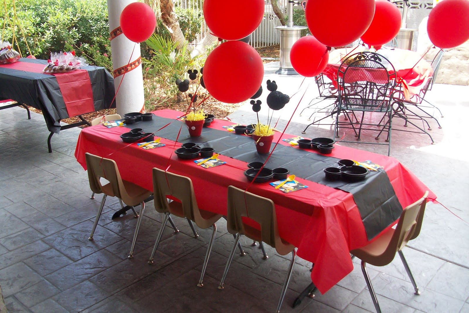 Mickey Mouse Birthday Table Decorations
