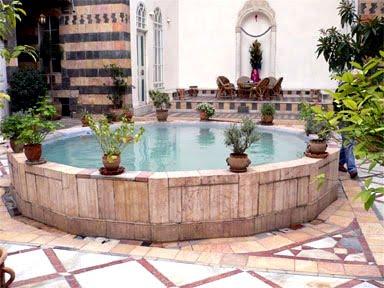 8692eb2cbbae9 حارتنا في ركن الدين في دمشق كانت عبارة عن لوحة موزاييك في اختلاف سكانها  وعندي ذاكرة مازالت موجودة في راسي رغم تغير شكل الحارة الان