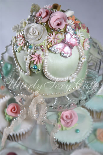 Beautiful Little Weddings Utterly Gorgeous Cakes