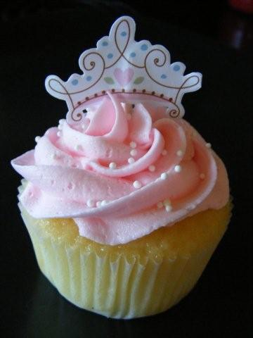 Jackie's Cakes: August 2010