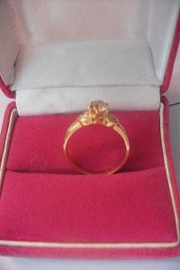 Berlian dan Emas Sidoarjo: Dijual Cincin Emas Berlian