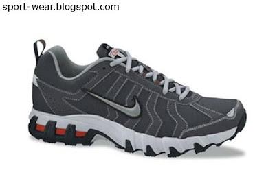 sale retailer c56e4 76a83 Nike Air MAX ASSAIL 5