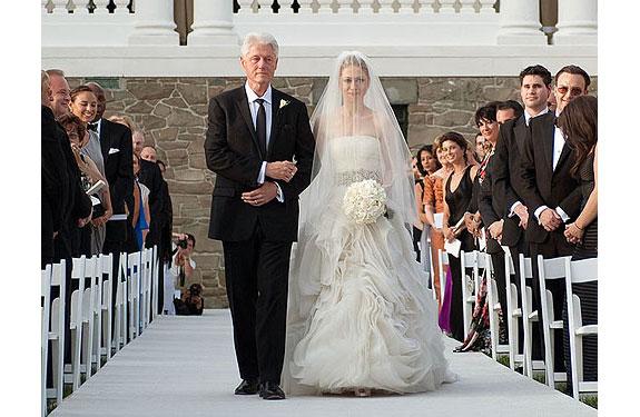 The White Dress: December 2010