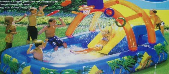 Fiesta de cumplea os en la piscina for Tobogan piscina ninos