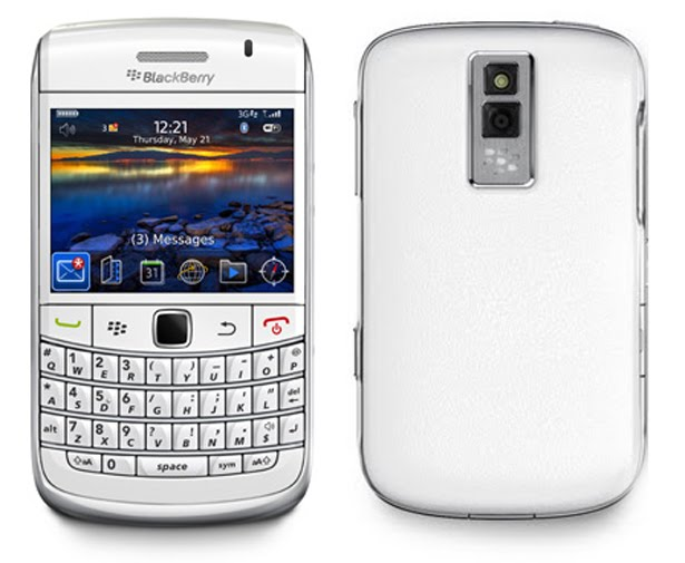 BlackBerry Bold 9700 White India Price Specifications