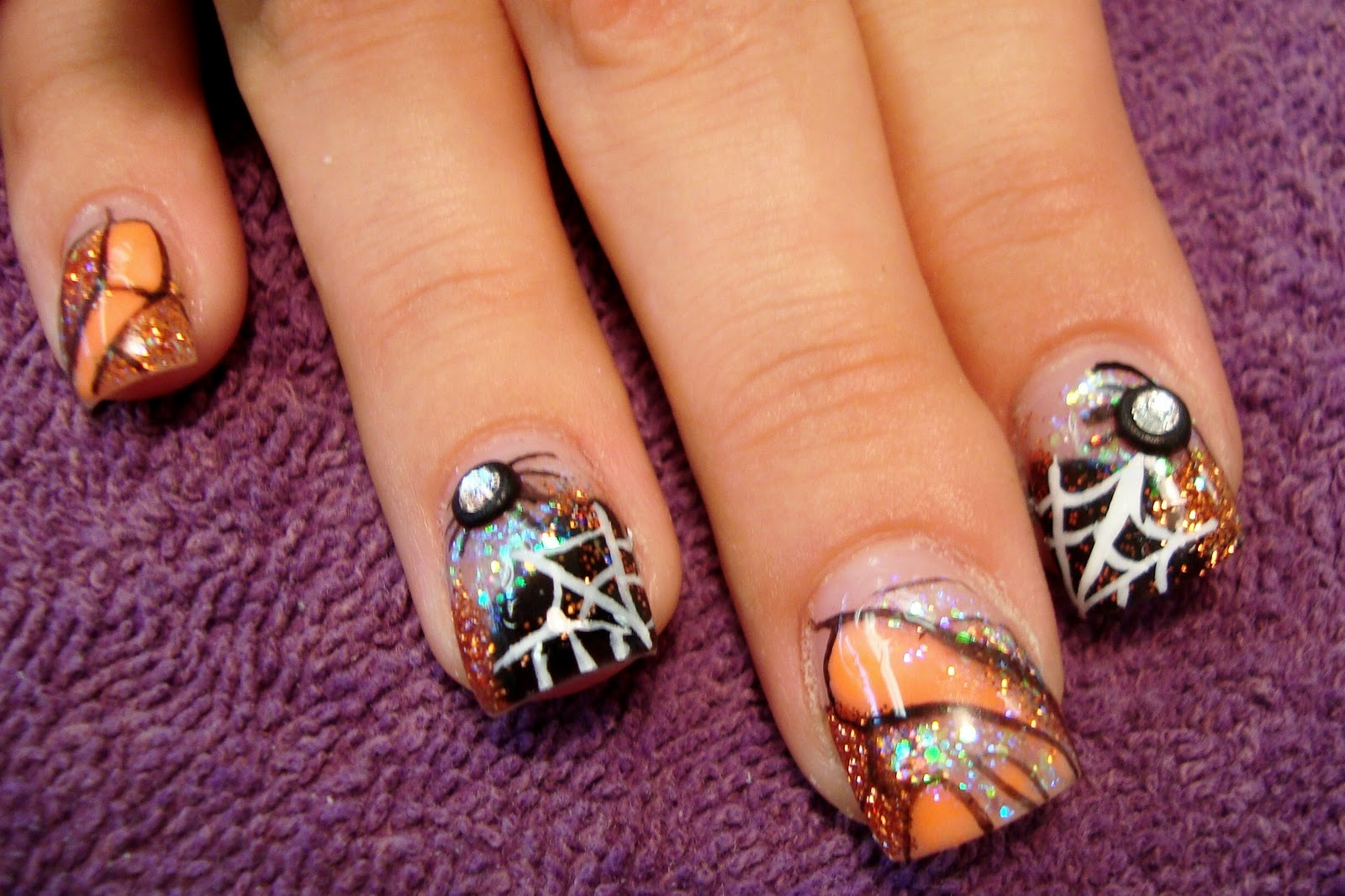 The Purple Pinkie Nail Salon: We're Ready For Halloween!