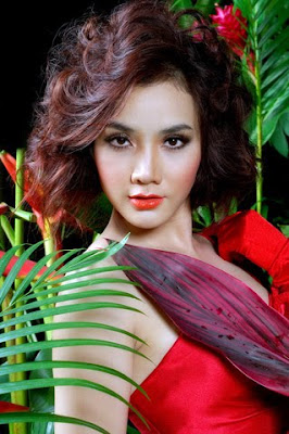 Vietnamese Model Trang Nhung Full Tit Nipple-Slip Pictures