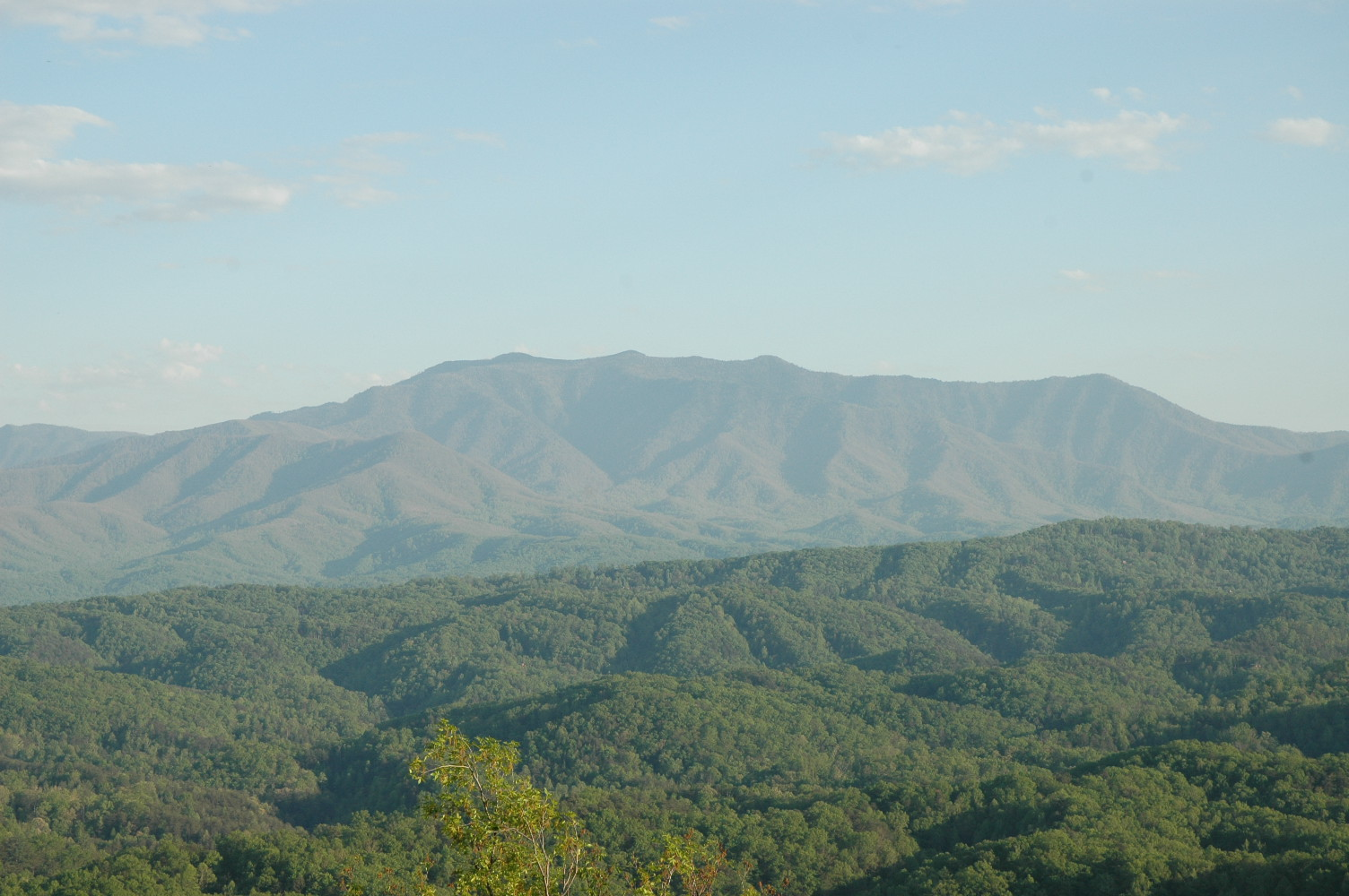 Visit Gatlinburg Smoky Mountains Tennessee For The Road