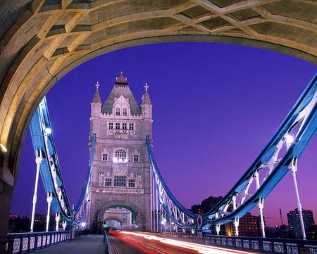 الجسور الجميلة من جميع انحاء العالم 48835-450x-a_23.jpg