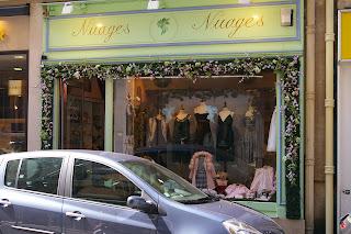 Boutique de luxe pour les parents trentenaires