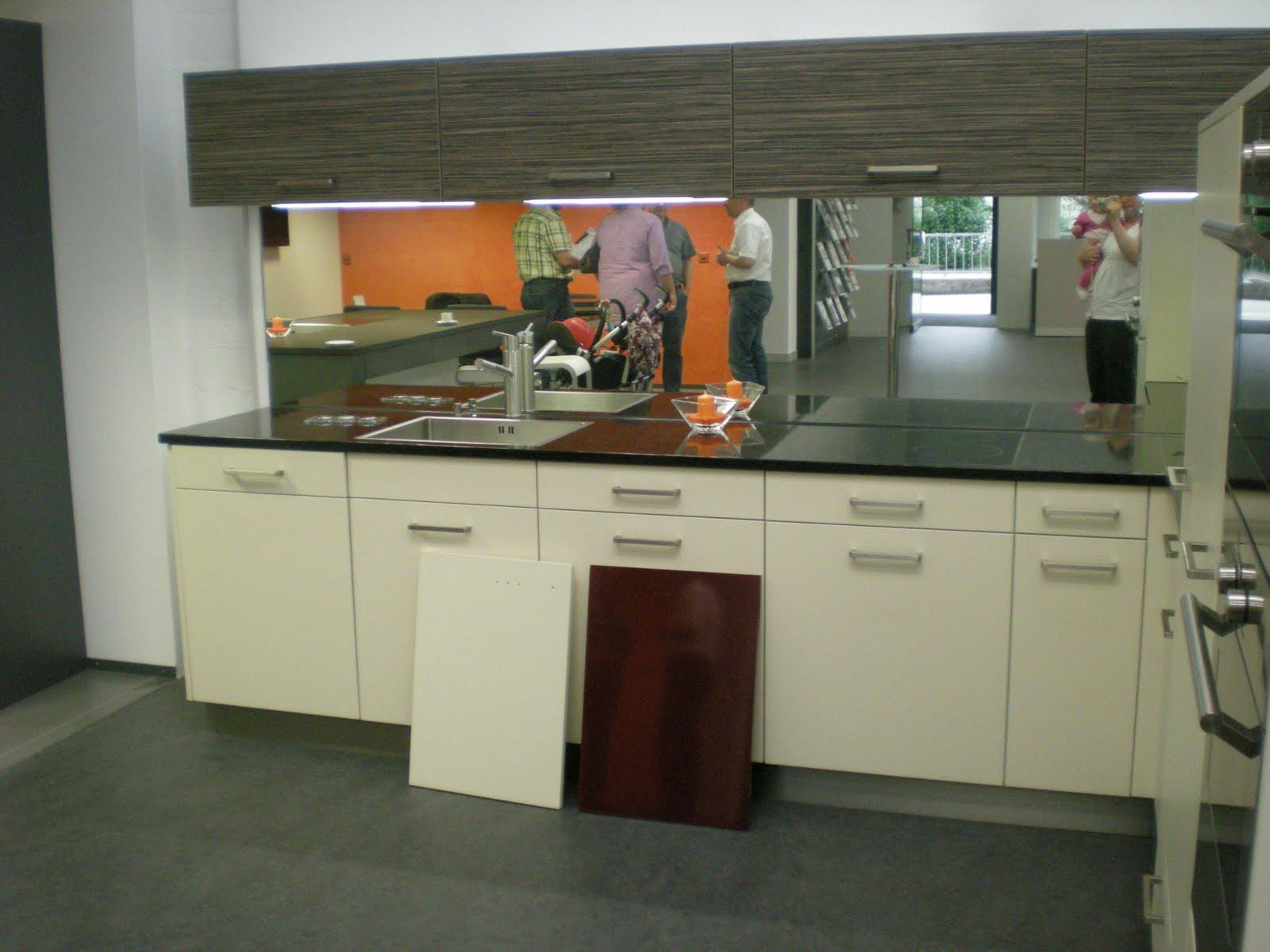 christa tom 39 s baublog welche farbe f r die k che. Black Bedroom Furniture Sets. Home Design Ideas