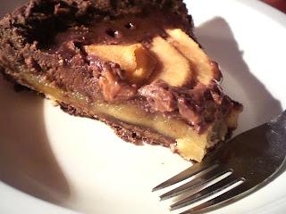 Keptas pyragas su kriaušėmis