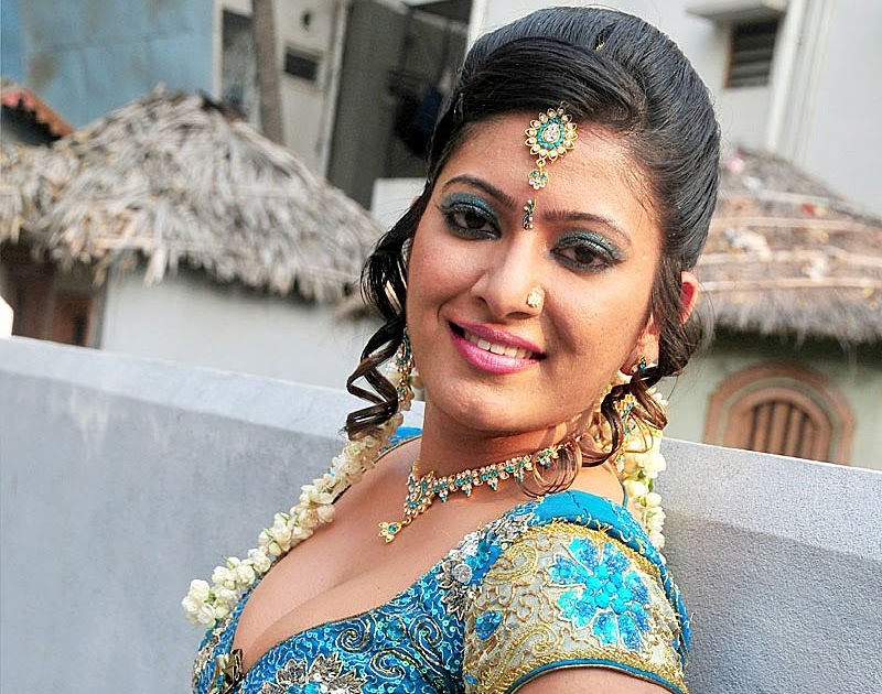 Telugu XXX Bommalu Pictures: Hot Indian Aunties And