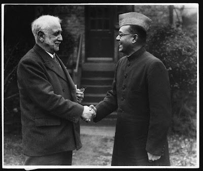 George Lansbury (1859-1940) the Labour politician greets the Indian nationalist leader and President of the All-India Congress Subhas Chandra.
