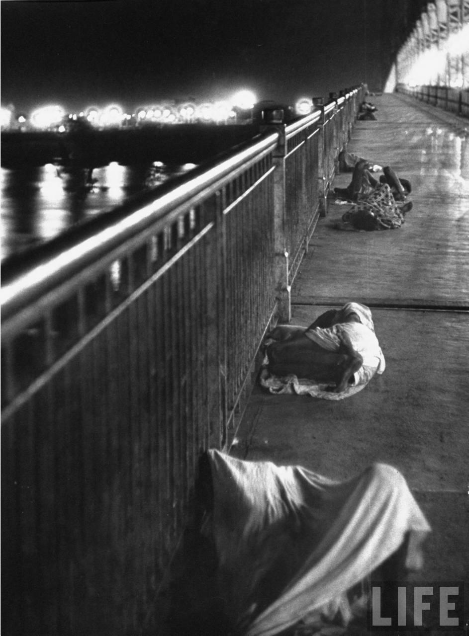 People sleeping on Howrah Bridge Kolkata (Calcutta) - 1953