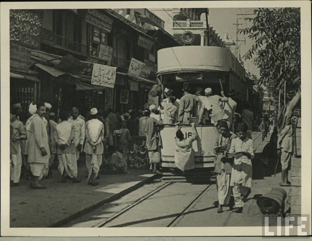 Tram in Delhi