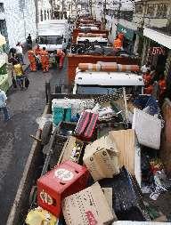 d5e416d76 No dia 4 de abril de 2009, a Secretaria Especial da Ordem Pública do Rio de  Janeiro estourou dois depósitos clandestinos de mercadorias de ambulantes no  ...