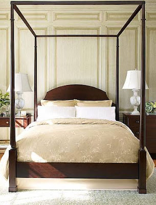 North River Pencil Post Canopy Bed