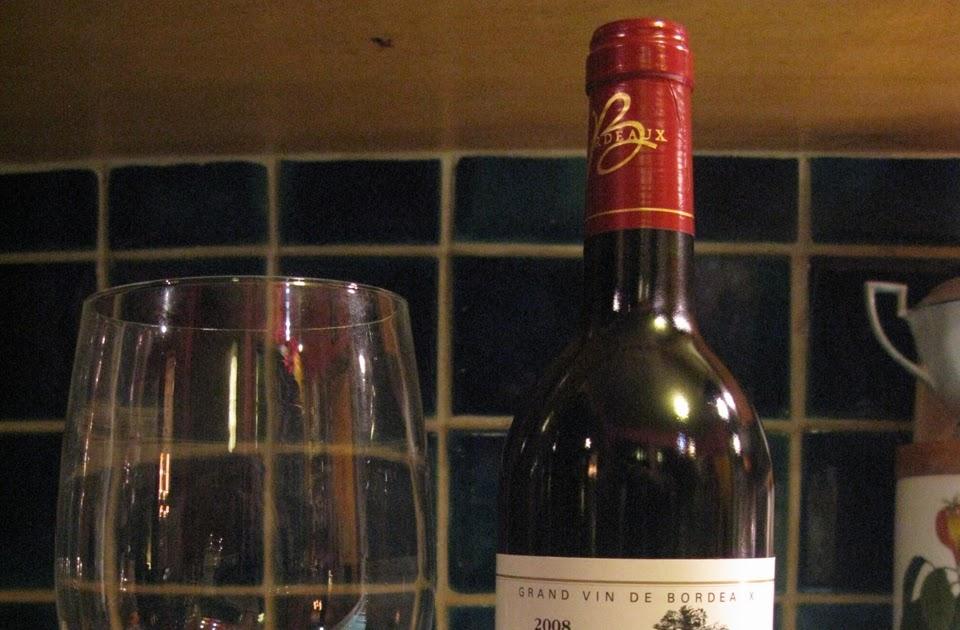 Wine bottle ass