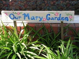 Mary Garden Ideas And Crafts
