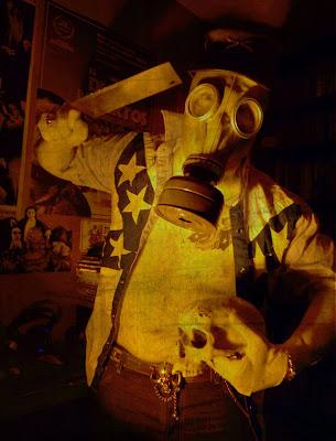 Doctor Chainsaw mente creadora de Zerebros!