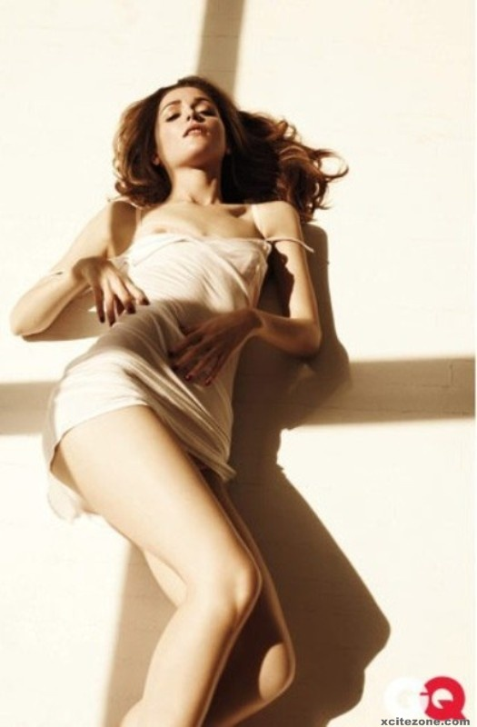 HOLLYWOOD ACTRESS GALLERY: Rose Byrne lingerie pics for GQ ...