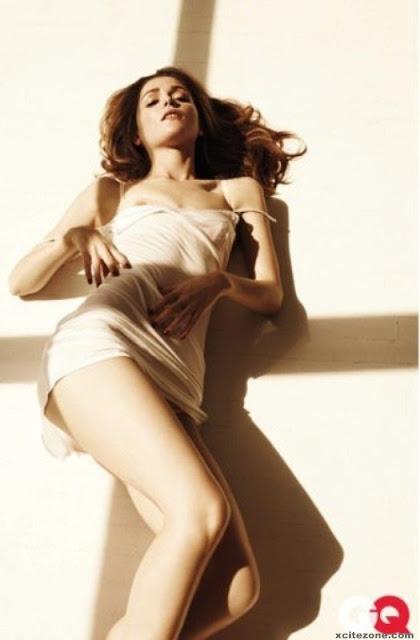 Mia Presley Nude Photos