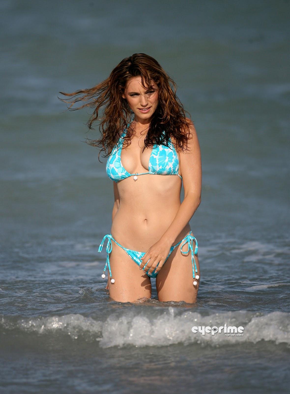 Hot Celebrities In Cool Bikinis Hot Hollywood Actress