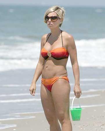 Kate Gosselin Orange Bikini 121
