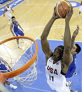 Brasil e grecia basquete