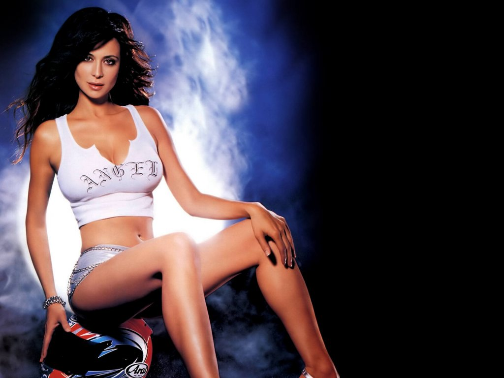 CitySky Wallpapers Download Catherine Bell