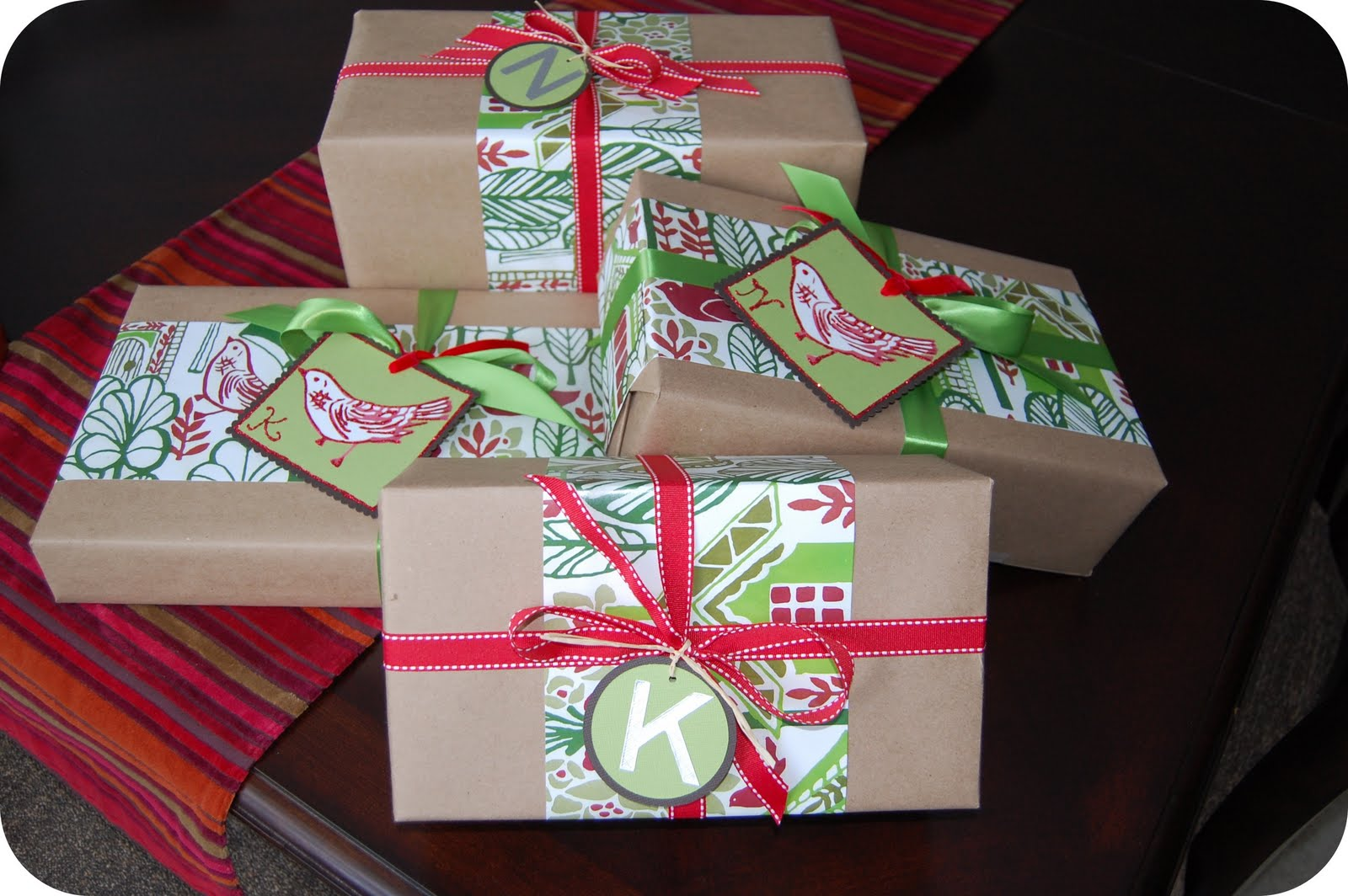 33 Shades Of Green: Christmas Wrappings