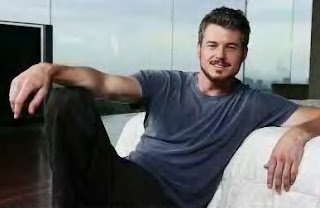 comfortable eric dane at home (?)/with beard+mustache