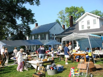 In The Shadow Of The Baobab The World S Longest Yard Sale
