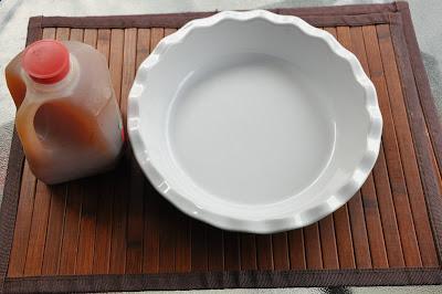 white bowl next to apple cider