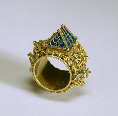 Bedazzled Exhibition In Baltimore 5000 Years Of Jewelry