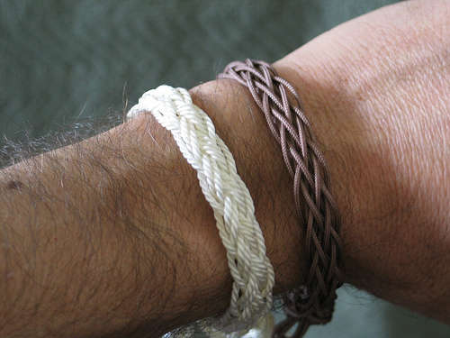 860f5b2481181 How to Make Finger Loop Braided Bracelets - The Beading Gem's Journal