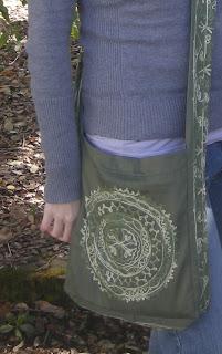 041 - Cam & her Soul Flower Mandala Bag