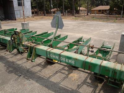 G Photos Of Farm Machinery On Amerigui Plantation