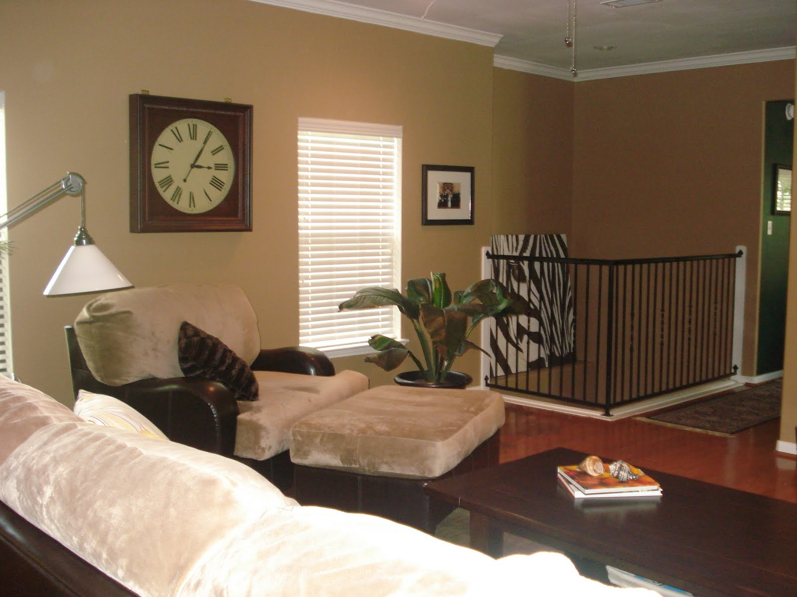 Living Room Redo (Townhouse) | Honey We're Home