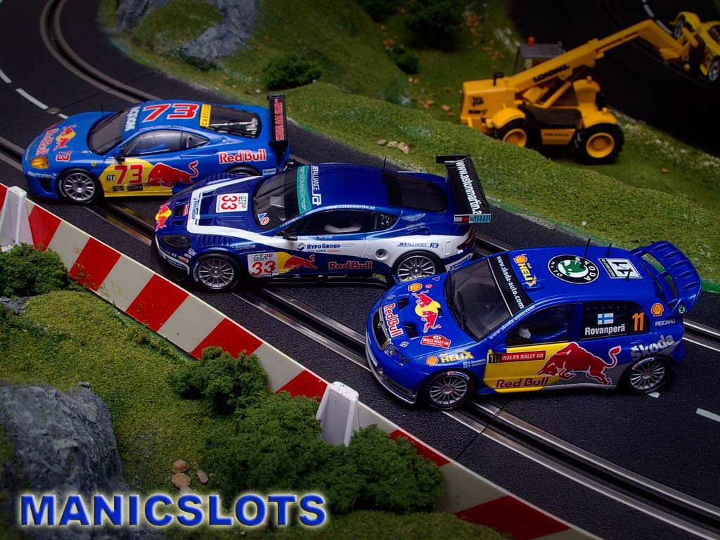 ManicSlots' slot cars and scenery: NEWS: SCX Redbull Fever