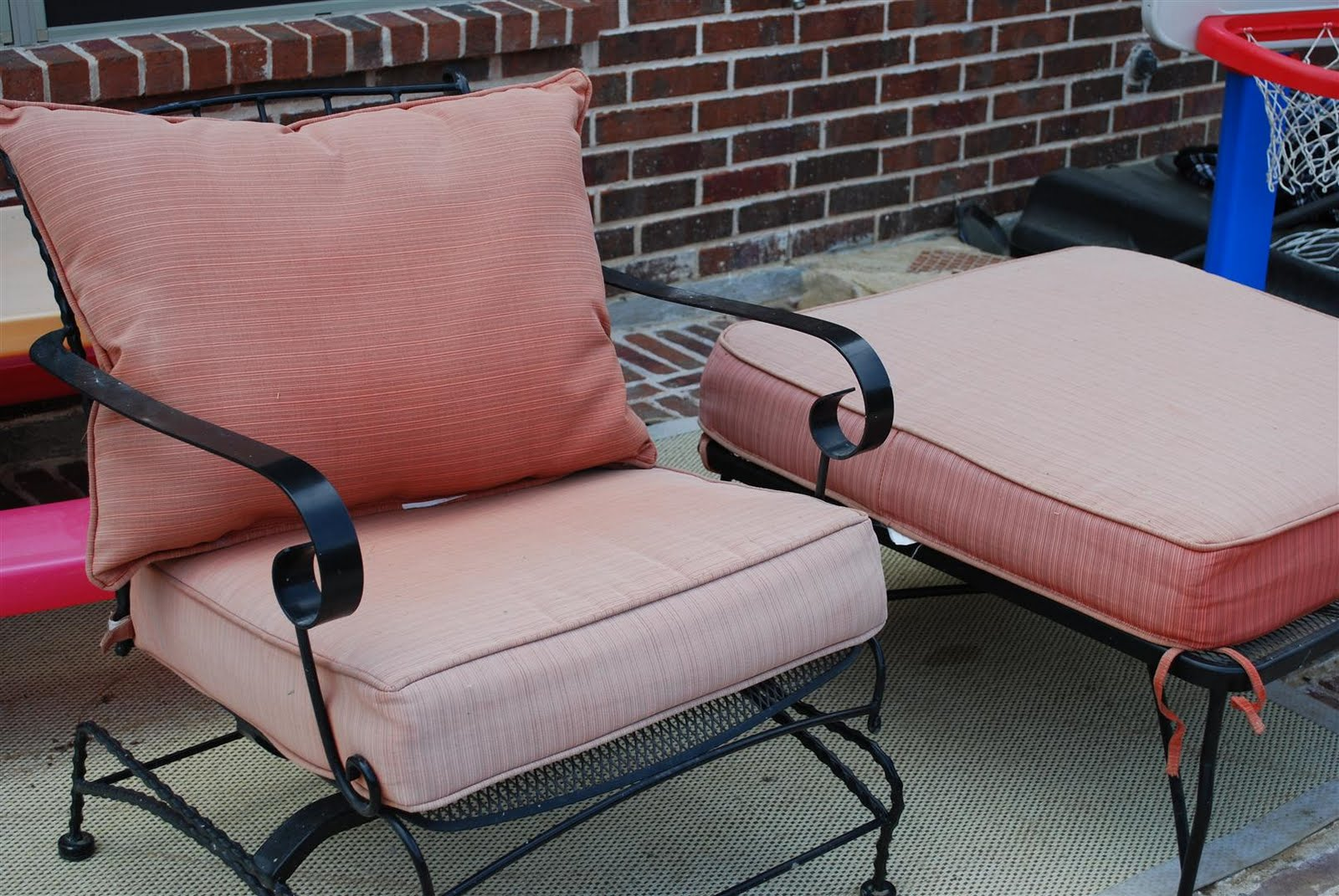Patio Furniture Reupholstering